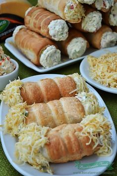 Rulouri cu crema de branza si cascaval Appetizer Sandwiches, Appetizer Recipes, Native Foods, Good Food, Yummy Food, Romanian Food, Veggie Dishes, Food Festival, Food Cravings