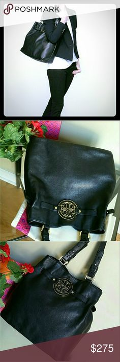 Authentic Tory Burch amanda bag In very good condition except couples pen marks inside pic#7 .... with the dust bag Tory Burch Bags