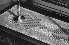Queen of the Garden Runner Pattern by Free Vintage Crochet
