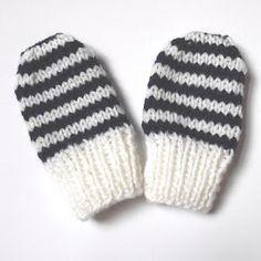 Newborn baby mittens free knitting pattern | The Nutty Knitter's blog