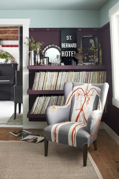 When we got an exclusive first look at Country Living's March 2012 issue, we were especially taken by indie musician Neko Case's 1787 Vermont farmhouse.   The Grammy-nominated singer-songwriter t...