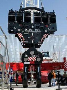 Liebherr LR13000 block