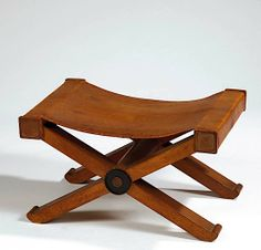 Art Deco Furniture, Furniture Design, Bench Stool, Contemporary Chairs, Leather Sofa, Brown Leather, Mid Century Modern Furniture, Sofa Chair, Mid Century Design
