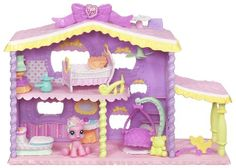 Playing house is extra fun when you're taking care of your adorable PINKIE PIE pony figure in her own little house! Take her 'outside' of her playhouse to swing on her swing and play with her pull toy...