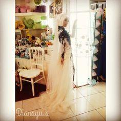 Wearing Dianayu.a kebaya ^^
