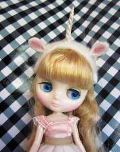 cuutee unicorn dolly (:
