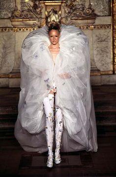 """Givenchy (Alexander McQueen) - 1997 S/S hc - """"the golden fleece"""""""