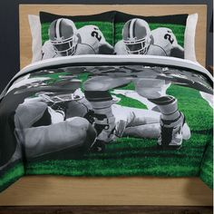 Bed Ink Photoreal Football Running Back Cotton Comforter