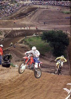 Johnny O and Ron Lechein, 1983 the way racing should be today with 2 strokes.