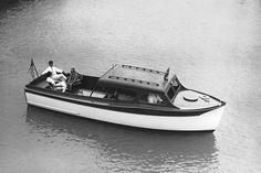 Chris Craft 1937 Semi-Enclosed :: The Mariners Museum Image Collection