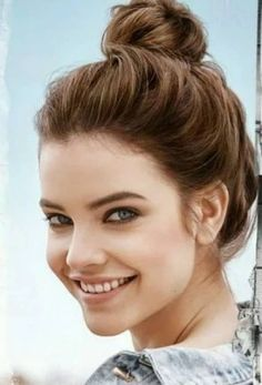 You will not resist the beauty of this girl Tap Photo! Barbara Palvin, Fashion Photography Poses, Girl Photography, Img Models, Beautiful Smile, Most Beautiful Women, Celebrity Faces, Girl Face, Budapest