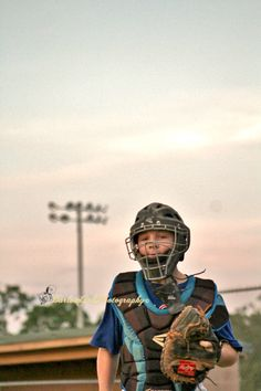 Barlow Girls Photography~ #clarksville #tn #fortcampbell #ky #woodlawnlittleleague #WLL #actionshots #sports #baseball #boys #summertime #helmet #batting #baserunning #catcher #gear #mask