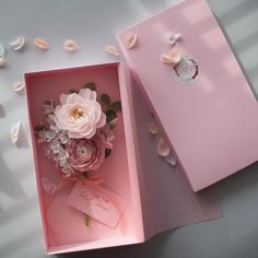 day decorations luxury Luxury flower gift box for mom, Personalised gift for Mom, Sisters, Spring paper flowers Flower Box Gift, Personalized Gifts For Mom, Paper Bouquet, Gift Bouquet, Wedding Cards Handmade, Luxury Flowers, Newlywed Gifts, Flower Crafts, Creative Gifts