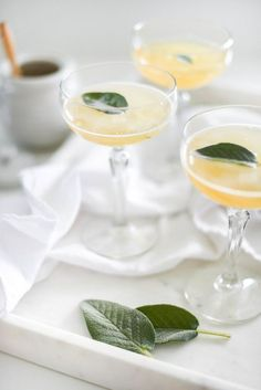 The Rodeo Honey - perfect fall gin cocktail via lauren kelp #gindrinks