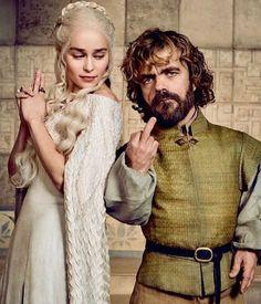 game of thrones daenerys emilia clarke Dessin Game Of Thrones, Arte Game Of Thrones, Game Of Thrones Facts, Game Of Thrones Funny, Game Thrones, Daenerys Game Of Thrones, Game Of Throne Daenerys, Emilia Clarke Daenerys Targaryen, Ellen Show