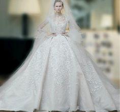 elie-saab-wedding-dresses-2015-ball-gown.jpg (912×858)