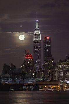 Supermoon - New York City