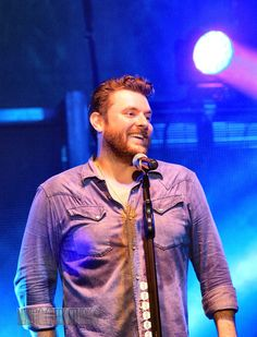 Chris performing in Kalispell, Montana Love Me Like, Love To Meet, Country Music Artists, Country Songs, Chris Young Music, Alan Young, To My Future Husband, Celebrity Crush, Blessing