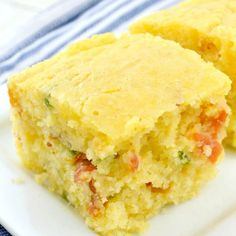 Jalapeno Bacon Cornbread - Gonna Want Seconds Jalapeno Cornbread, Chili And Cornbread, Jalapeno Bacon, Cornbread Recipes, Top Recipes, Crockpot Recipes, Cooking Recipes, Easy Cooking, Bakken
