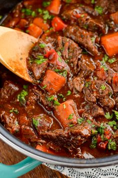 This delicious bowl of Balsamic Braised Beef is pure comfort food. Tender chunks of beef in a tangy rich tomato sauce. Beef Chunks Recipes, Beef Recipes, Cooking Recipes, Healthy Recipes, Recipies, Beef Tips, Savoury Recipes, Healthy Dinners, Healthy Eats