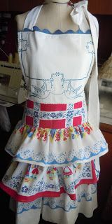 Cowgurl's Blessing: Apron Sewing and Fabric Flowers