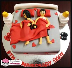 """Such a cute Anniversary Cake- Called """"locked for life"""" cute idea!"""