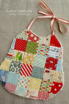https://flic.kr/p/9EP25p | the schoolhouse bib | I'm in the mood for making bibs... blogged here