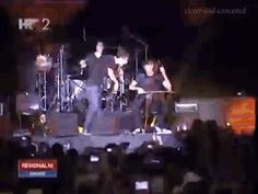 This will always be one of my favorite 2cellos moments. Always. #2cellos #my2cellosgifs #StjepanHauser #LukaSulic