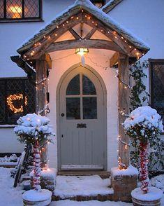 Super home decored rustic farmhouse front porches 15 ideas Cottage Front Doors, Oak Front Door, Front Door Porch, Cottage Porch, Porch Doors, Cottage Exterior, Front Door Canopy, Door Canopy Cottage, Rustic Exterior