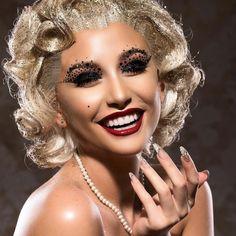 Zoe Ellen ( uses Illamasqua vegan and cruelty free highlighter to create this glam Marilyn Munroe inspired makeup look. Beyond Powder in OMG Cool Things To Make, Make Up, Bronze Skin, Fan Brush, Makeup Must Haves, Vegan Makeup, Eyeshadow Brushes, Flawless Skin, Makeup Trends