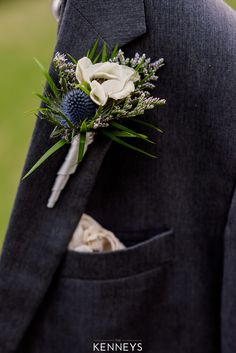 Texture was what we were going for, and I'd say we achieved! We used blue thistle, heather and an anemone bloom to create this boutonniere from fairytales. Photo: The Kenneys Thistle Boutonniere, Thistle Bouquet, Thistle Flower, Anemone Flower, Blue Bouquet, Fall Wedding Bouquets, Flower Bouquet Wedding, Floral Wedding, Flowers
