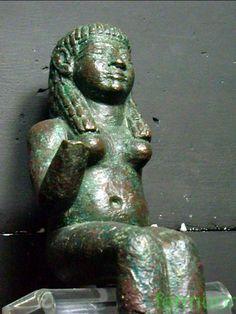 Bronce fenicio,diosa Astarte,hallado en El Carambolo,Sevilla