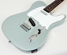 Affinity Series guitars represent the best value in solid-body electric guitar design. Fender Squier, Fender Telecaster, Fender Guitars, Guitar Tips, Guitar Lessons, Easy Guitar, Cool Electric Guitars, Cheap Guitars, Guitar Collection