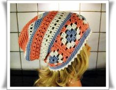 Childrens crochet hat, crochet granny squares, sewn together into a ring and crochet on the top and bottom of the squares. The yarn called Sandnes duo, crochet needles 4