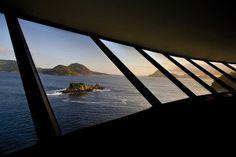 Oscar Niemeyer. Museu de Arte Contemporânea de Niterói. #riodejaneiro