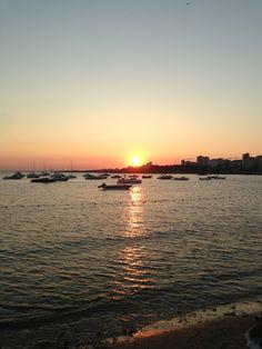 Caddebostan İstanbul'un Kadıköy ilçesinde bulunan bir semtidir. Çiftehavuzlar ve Erenköy arasında kalır. Sahili İstanbul'un en uzun sahil koşu parkuruna ev sahipliği eder. Ayrıca bisiklet parkuruda bulunmaktadır. Hoş sohbetler, arkadaş buluşmaları ve huzur için çok özel bir alandır.