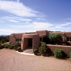 Traditional Adobe Southwest Style Santa Fe Home Builders: Tierra Concepts