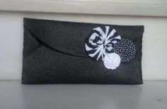 Diy Clutch, Clutch Purse, Clutch Pattern, Sewing To Sell, Continental Wallet, Fabric, Clutches, Crafts, Club
