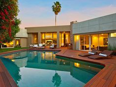 Beautiful modern home in Beverly Hills with pool. Absolutely love the colours.