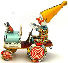 Unique Artie Crazy Car. Wind up tin toy from 50s/ebay