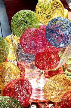 trådbollar_trådägg_pyssla_virkgarn_ballonger