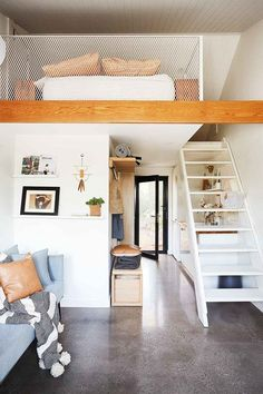 This adorable tiny home was created in a disused backyard shed Shed To Tiny House, Modern Tiny House, Tiny House Living, Tiny House Design, Tiny Guest House, Shed Interior, Small Sheds, Backyard Sheds, Shed Homes