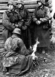 Waffen SS troops,the eastern front,1943,Kursk