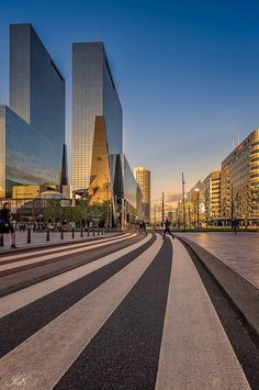 Rotterdam centraal station The Netherlands Rotterdam Netherlands, Holland Netherlands, Rotterdam Skyline, Rotterdam Architecture, Beautiful Places, Places To Visit, Around The Worlds, Barcelona, Spain