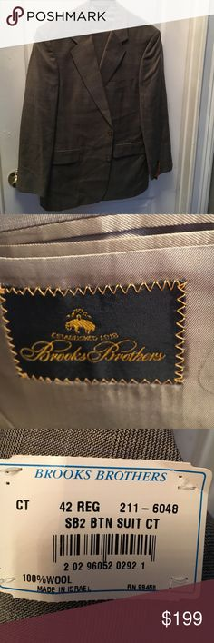 """Brooks Brothers Glen Plaid 2 Button Suit 42R New brooks brothers 2 button glen plaid gray suit. Size 42 R, pants 36"""" waist with pleated front and cuffs. 29"""" inseam Brooks Brothers Suits & Blazers Suits"""
