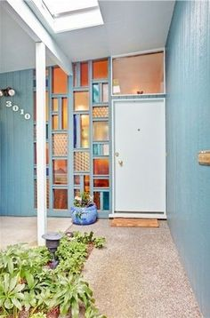 MCM Home Entrance... LOVE this! :)