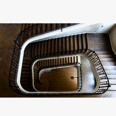 This Photograph is behind Richard Castle's desk on the ABC show Castle. (William Curtis Rolf titled Staircase)