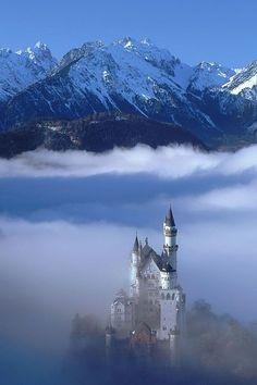 Castelo de Neuschwanstein, Bavária, Alemanha.