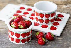 Pomona mansikka Kitchenware, Tableware, Interior Inspiration, Design Inspiration, Strawberry Fields, Vintage Dishes, Retro Design, Finland, Tea Party