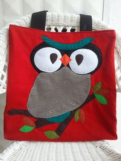 Large red tote bag with owl applique. Diy. Handmade. Sewing. Cute design. #red #owl #tote #bag